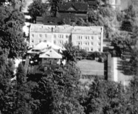 Park Lane Apartments, 975 Chilco Street, detail from Vancouver, B.C. from the air looking east from Lost Lagoon, 1931; Vancouver City Archives; Van Sc P15; https://searcharchives.vancouver.ca/vancouver-b-c-from-air-looking-east-from-lost-lagoon.