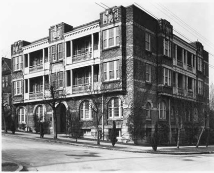 Denham Court Apartments at Jervis and Alberni streets, 1929, Vancouver Public Library, VPL Accession Number: 8931; https://www3.vpl.ca/spePhotos/LeonardFrankCollection/02DisplayJPGs/1667/8931.jpg.
