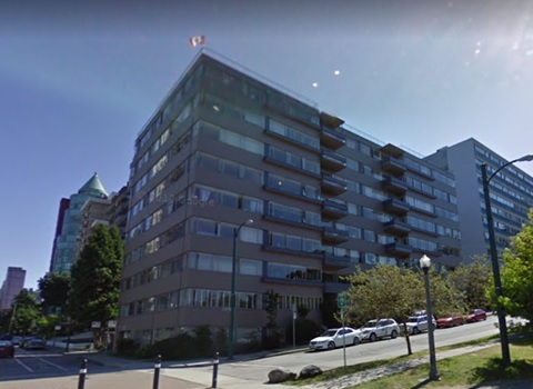 The Glass Manor, 700 Chilco Street, Google Streets; searched January 12, 2019; image dated August 2011.