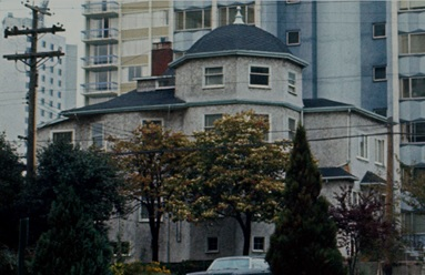 1019 Gilford Street, September 27, 1965, detail from View from Comox Street in the West End showing trees, City of Vancouver Archives, CVA 780-48; http://searcharchives.vancouver.ca/view-from-comox-street-in-west-end-showing-trees.