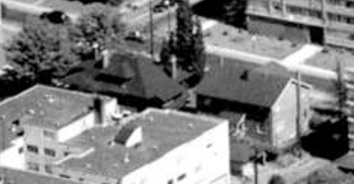 1059 Chilco Street and 1085-1087 Chilco Street; 1962; detail from West End from the air, Vancouver City Archives; Air P96; https://searcharchives.vancouver.ca/west-end-from-air.