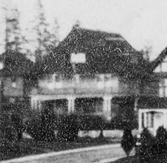 1119 Chilco Street; detail from English Bay Pier pilings and view of Beach Avenue, about 1908; Vancouver City Archives, Be P102; https://searcharchives.vancouver.ca/english-bay-pier-pilings-and-view-of-beach-avenue.