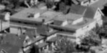 1835 Comox Street; 1962; detail from West End from the air, Vancouver City Archives; Air P96; https://searcharchives.vancouver.ca/west-end-from-air.