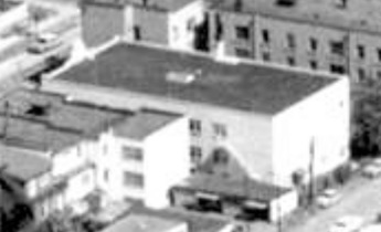 1924 Comox Street; 1962; detail from West End from the air, Vancouver City Archives; Air P96; https://searcharchives.vancouver.ca/west-end-from-air.