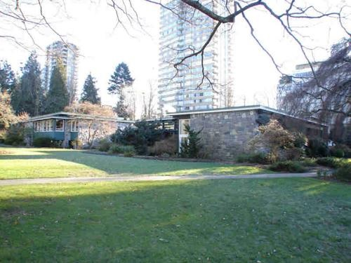 Vancouver Board of Parks and Recreation Offices, 2099 Beach Avenue, Vancouver, British Columbia; Canada's Historic Places; https://www.historicplaces.ca/en/rep-reg/image-image.aspx?id=8824#i1.