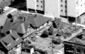 2015 Beach Avenue; 1962; detail from West End from the air, Vancouver City Archives; Air P96; https://searcharchives.vancouver.ca/west-end-from-air.
