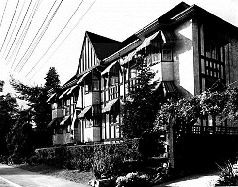 Compton Lodge, 2095 Beach Avenue, August 9, 1935; Vancouver Public Library; VPL Accession Number 11456; https://www3.vpl.ca/spePhotos/LeonardFrankCollection/02DisplayJPGs/1/11456.jpg.