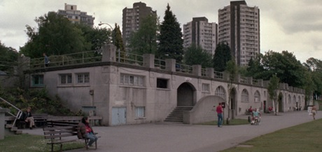 English Bay Bathhouse before repainting, 1986 or 1987 [cropped]; Vancouver City Archives, CVA 775-40.1; https://searcharchives.vancouver.ca/english-bay-bathhouse-before-repainting-2.