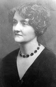 Emily Gladys Bailey (1881–1955) (ancestry.ca).